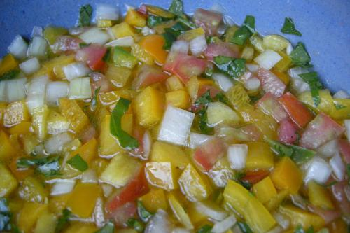 Chop the bell peppers, tomatoes and onions into small/medium pieces
