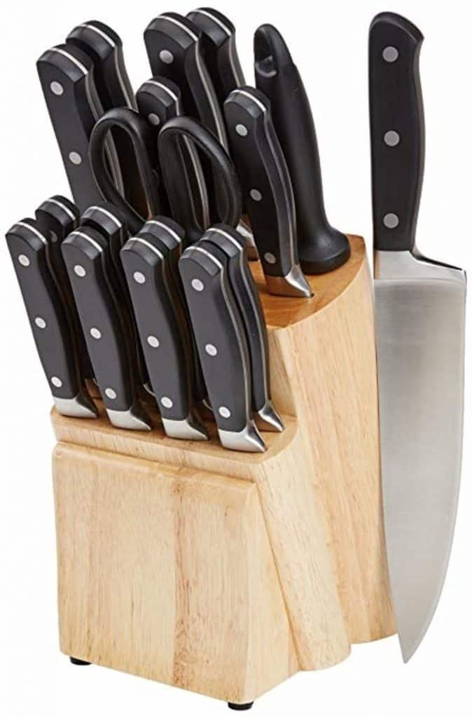AmazonBasics Premium 18 Piece Set