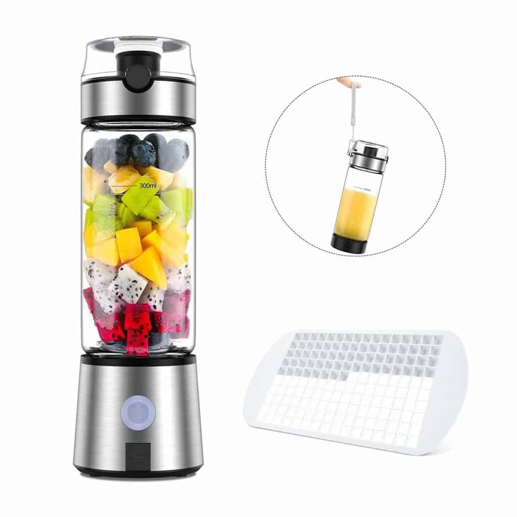 The Ayyie Rechargeable Portable Blender is pictured with it's accessories