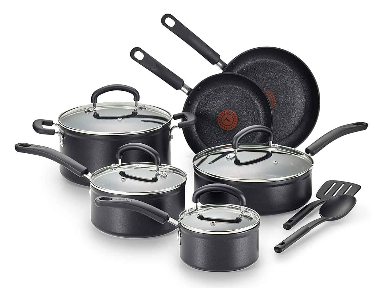 T-fal C561SC Titanium Cookware