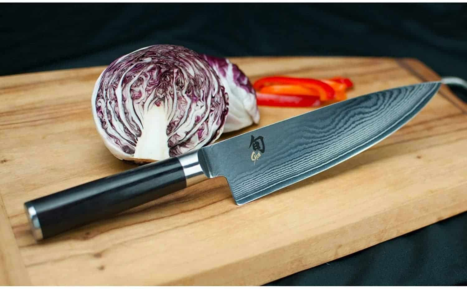 Chef Knife with cabbage