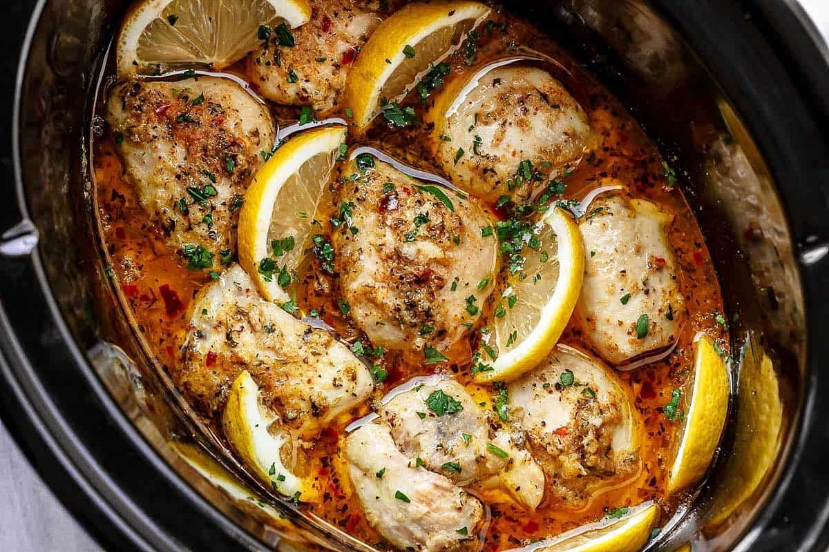 Slow cooker poultry and garlic recipe