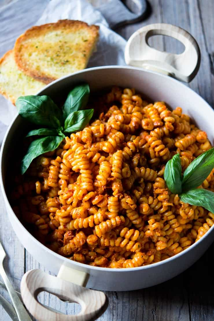 Sun-Dried Tomato and Roasted Peppers Pasta