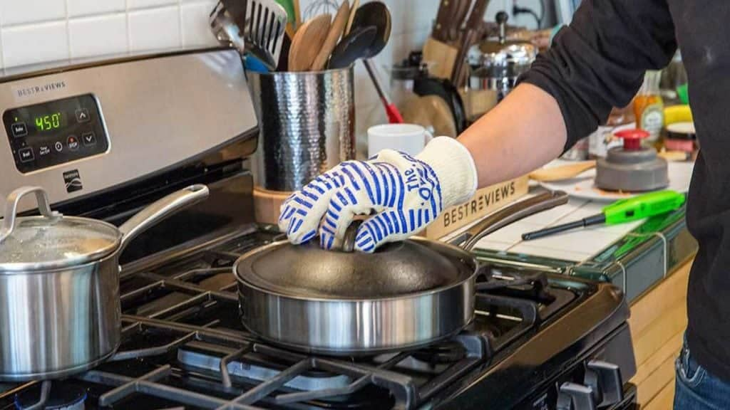 using oven mitts