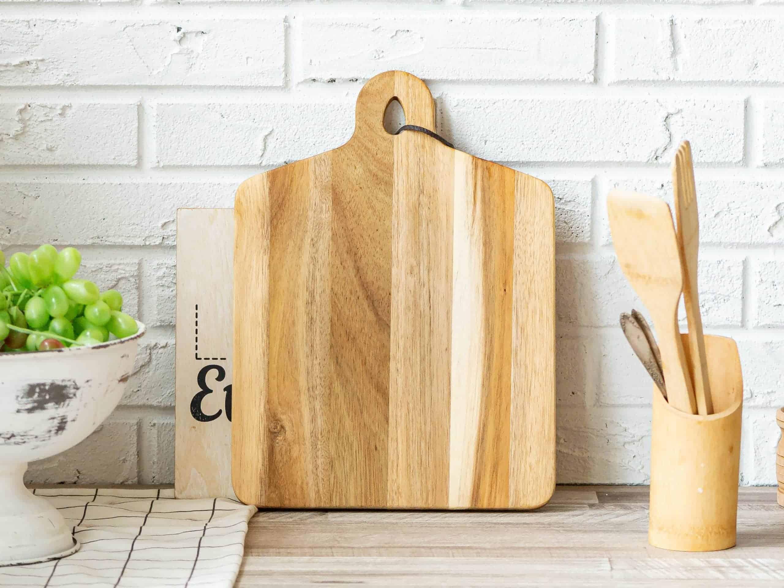 Air dry wood cutting board