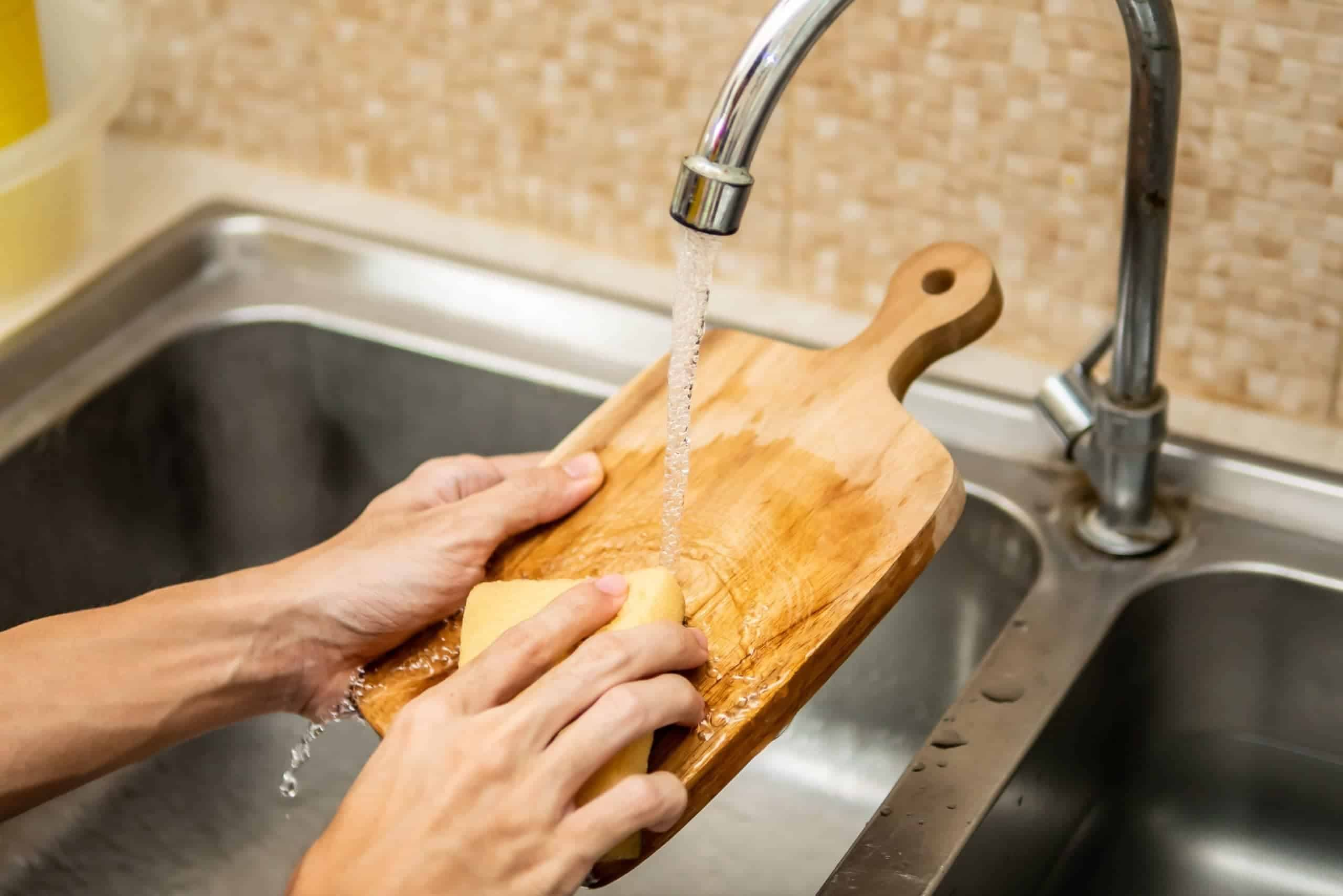 How to Clean Cutting Board for Maximum Food Safety