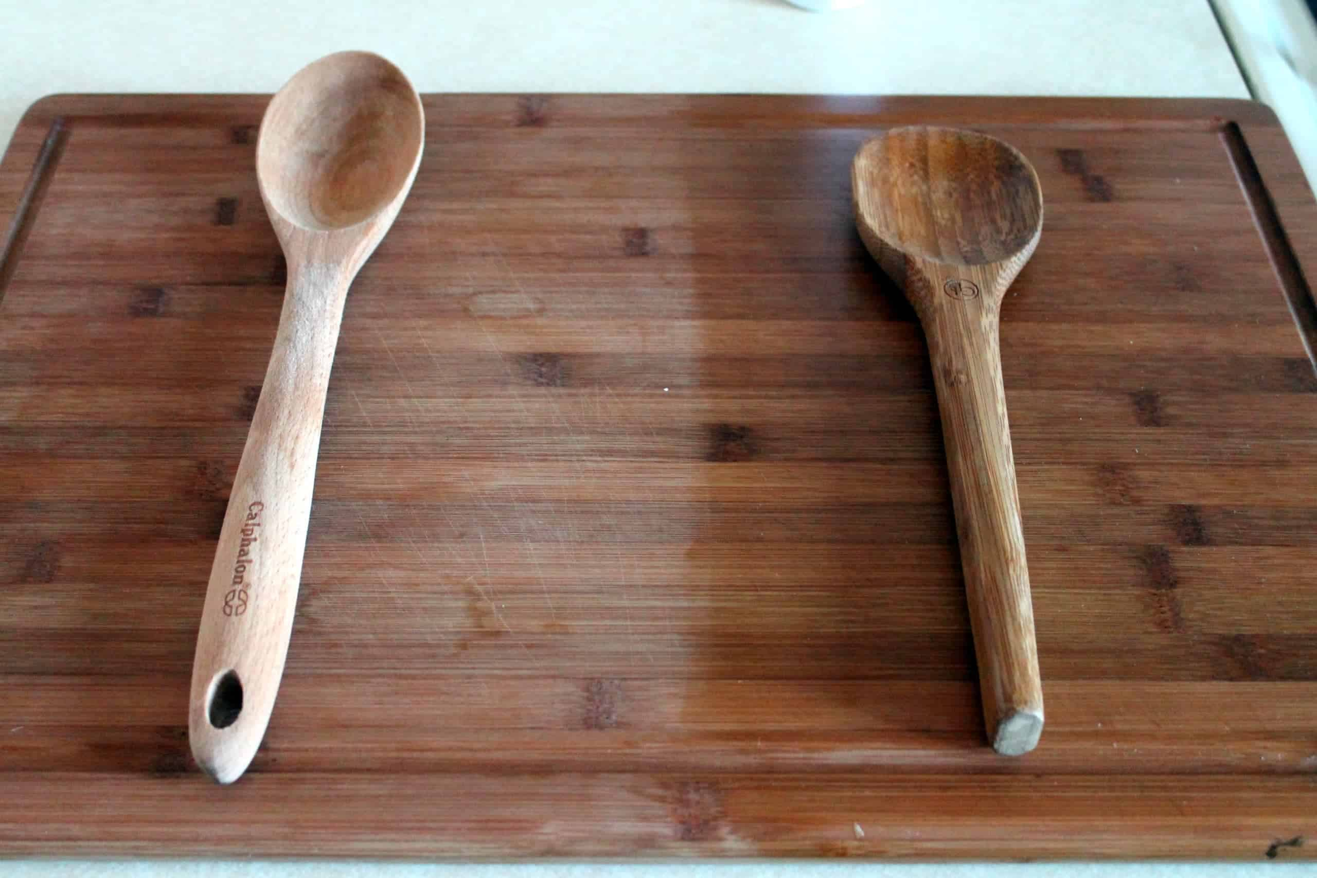 Oiling wooden utensils