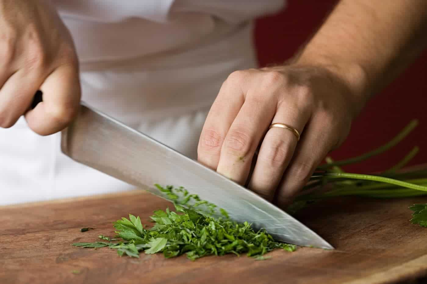 Mincing with a Chef Knife